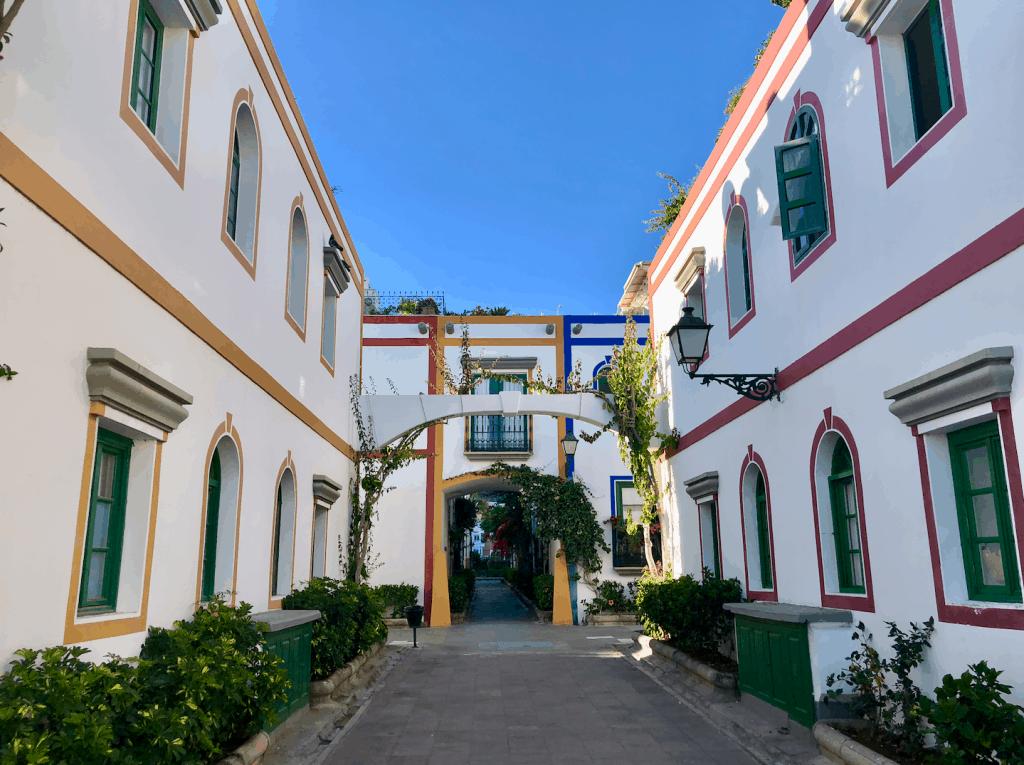 Emigreren Gran Canaria - Emigratie tips - Voorbereiden op emigratie in 4 stappen - Puerto de Mogan Huizen