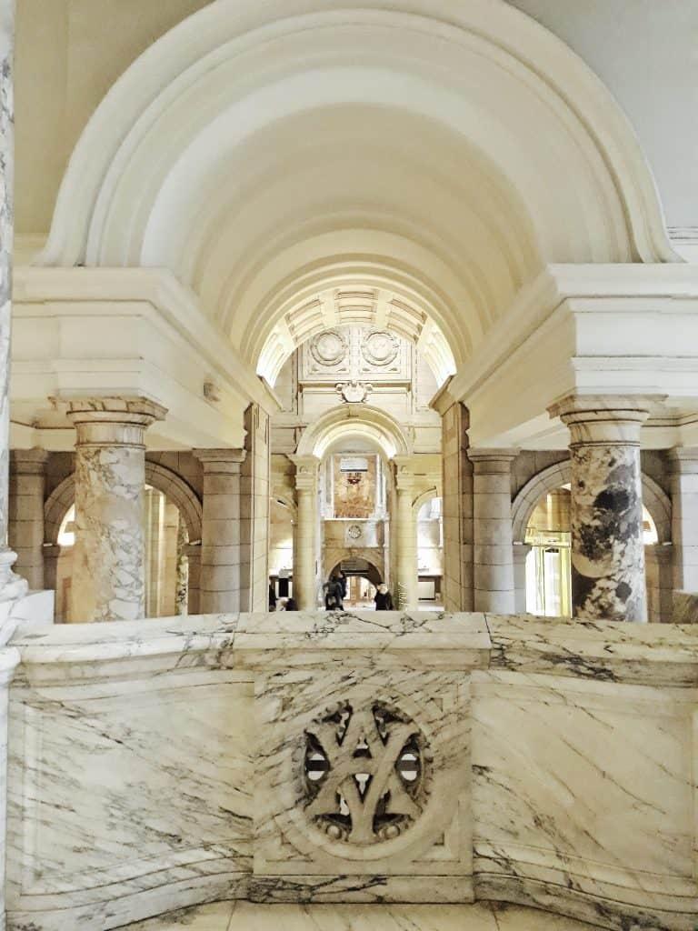 Emigreren Gran Canaria - Londen - Reisverslag van 3 dagen in Londen + handige tips - Victoria en Albert Museum hal