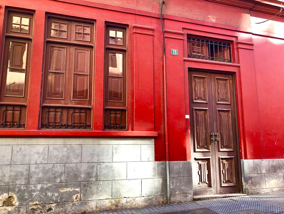 Emigreren Gran Canaria - Reisverslag Gran Canaria deel 3 - Las Palmas & Playa del Inglés - Shoppen in Las Palmas - Mesa y Lopez - Oude gebouwen