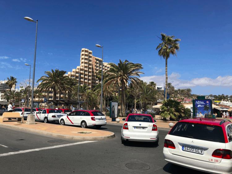 Emigreren Gran Canaria - Reisverslag Gran Canaria deel 3 - Las Palmas & Playa del Inglés - Taxi standplaats Playa del Ingles Anexo 2