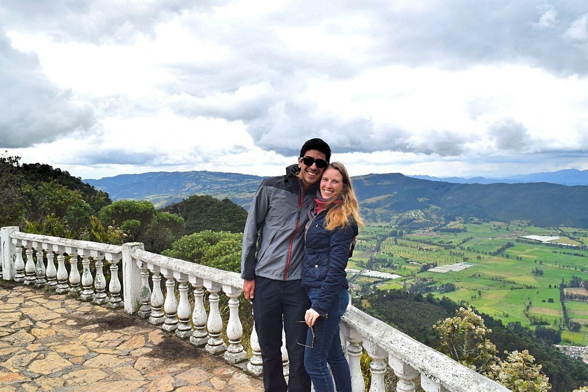 Sabine in Colombia - Sabine en haar man in Sopó
