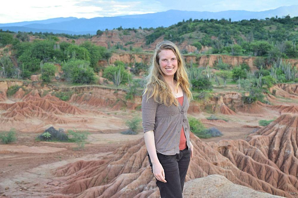 Emigreren Gran Canaria - Inspirerende Emigratieverhalen - Sabine in Colombia - Sabine in Tatacoa woestijn Colombia
