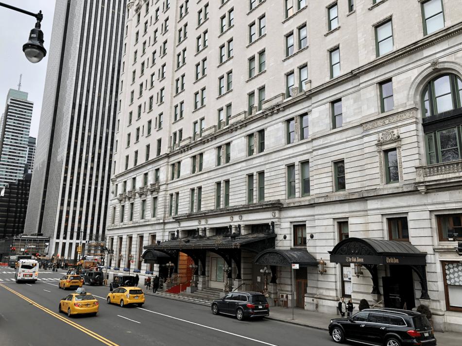 Emigreren Gran Canaria - Reisverslag - Hoogtepunten van NYC - Amerika reis deel 3 - Hop on Hop off bus tour - The Plaza Hotel Manhattan New York