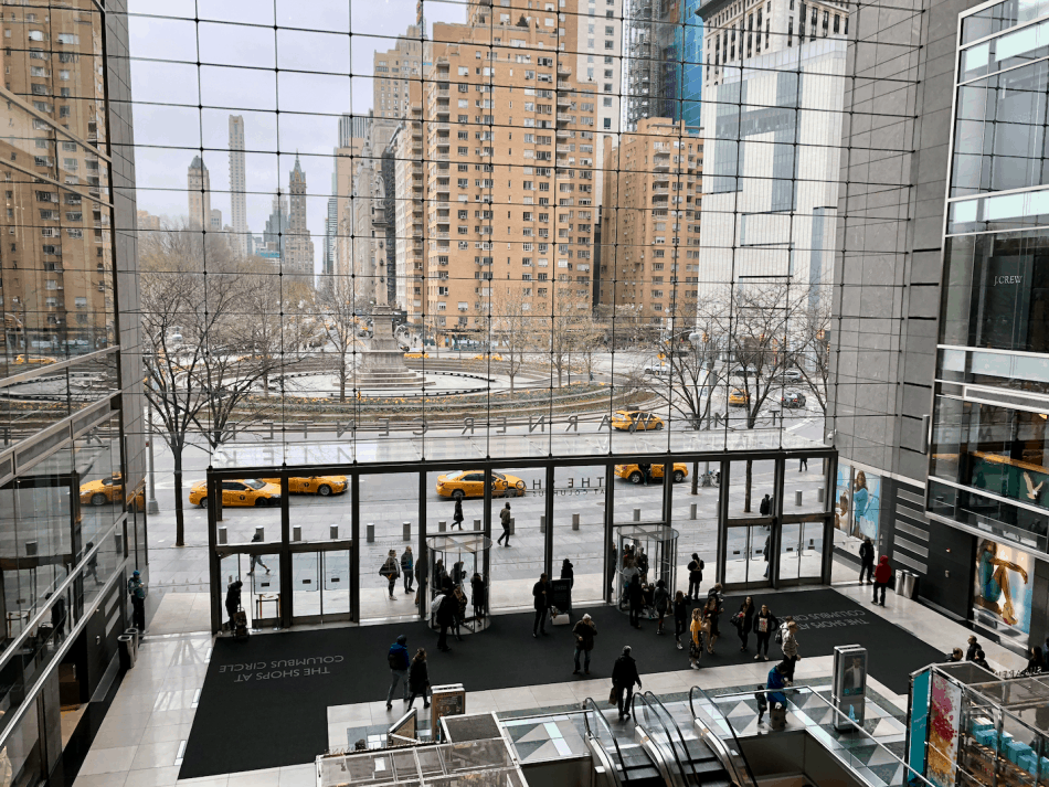 Emigreren Gran Canaria - Reisverslag - Hoogtepunten van NYC - Amerika reis deel 3 - Hop on Hop off bus tour - The Shops at Columbus New York