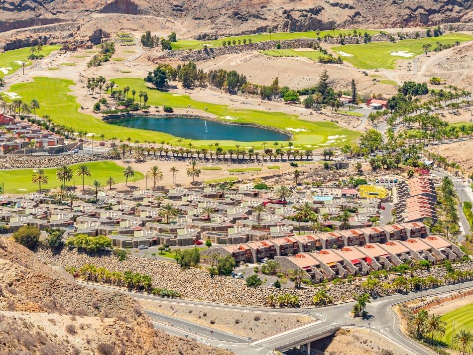 Grote golfbaan van Anfi Tauro in de Tauro Vallei aan de Westkust van Gran Canaria de leukste buitenactiviteiten op Gran Canaria