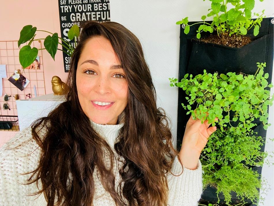 Melissa testte de vertical garden van happy jungle