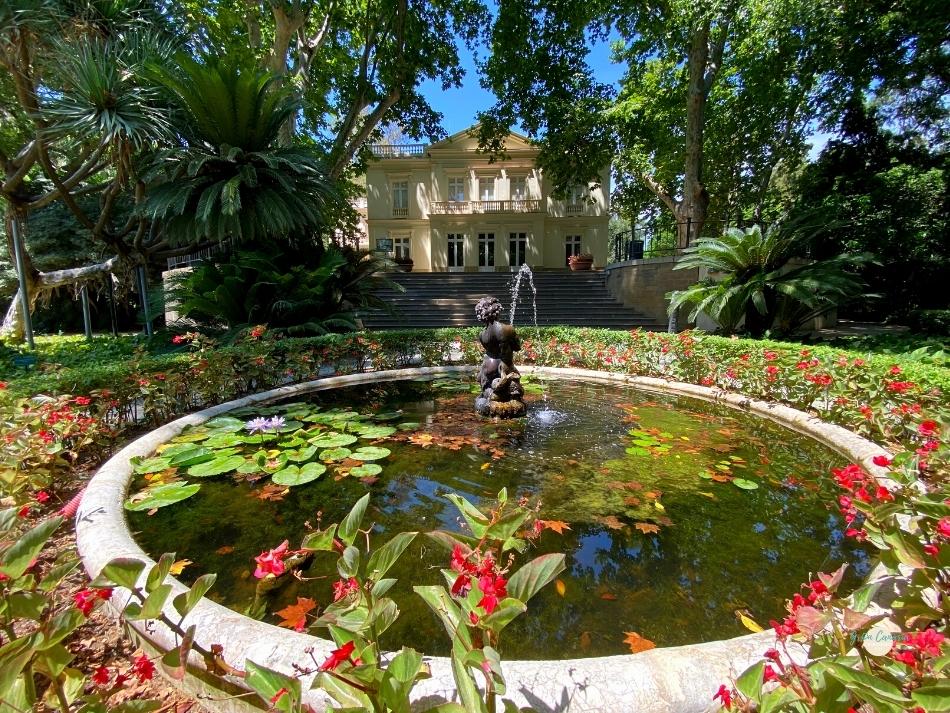 Landhuis in de botanische tuin in Malaga